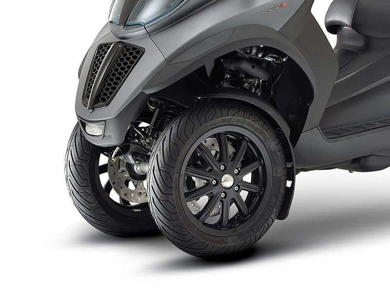 scooter piaggio mp3 lt 500ie sport le mp3 le plus puissant accessible avec un simple permis auto. Black Bedroom Furniture Sets. Home Design Ideas